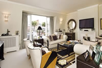 Sloane Court West, SW3 sold by Rickett-Tinne